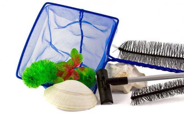 Инвентарь и приспособления для чистки аквариума